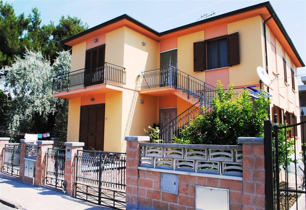 Bifamiliare in Via Borsi 27, Cecina