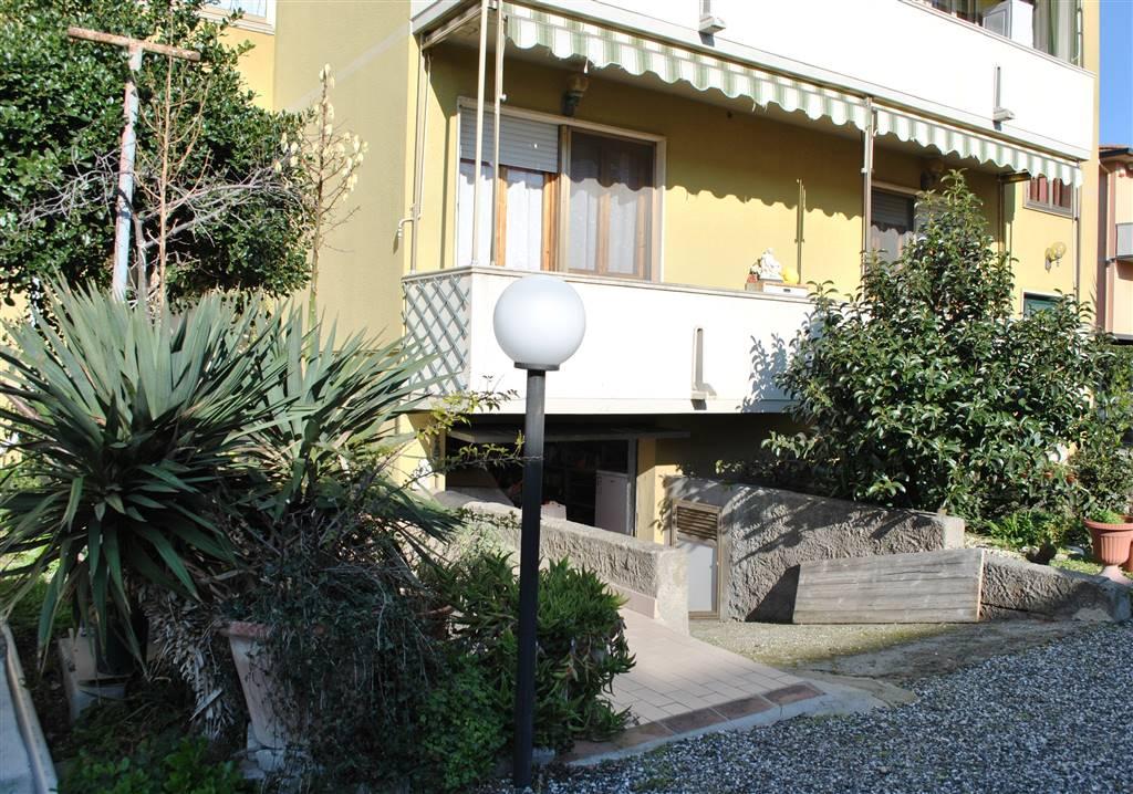 Appartamento indipendente a CECINA