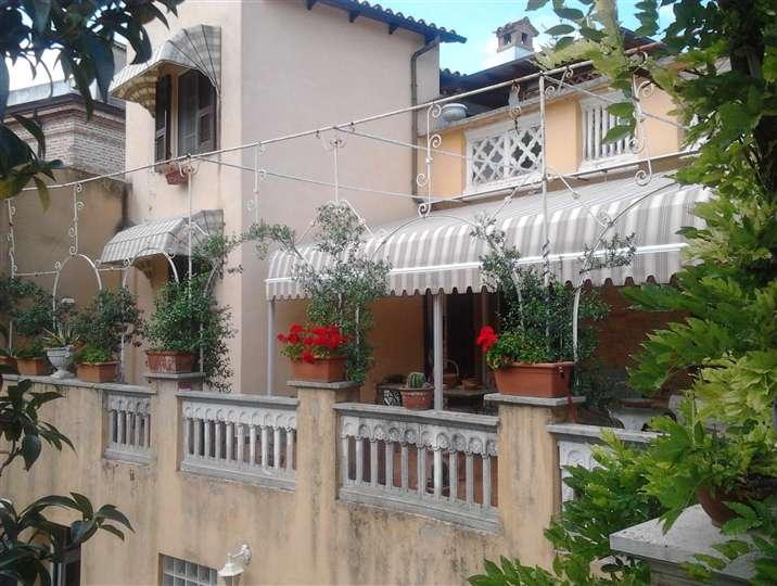 Casa singola, Tolentino, in ottime condizioni