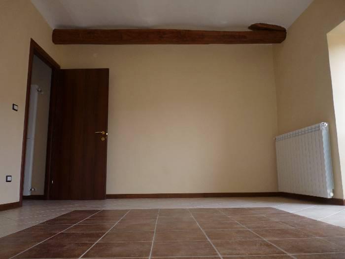 Appartamento in vendita a Ponti, 4 locali, prezzo € 70.000 | CambioCasa.it
