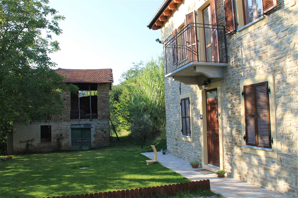 Soluzione Semindipendente in vendita a Bistagno, 8 locali, prezzo € 230.000   PortaleAgenzieImmobiliari.it