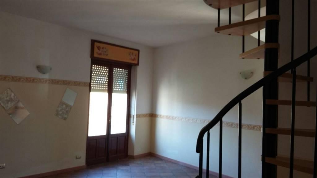 Appartamento in vendita a Acqui Terme, 4 locali, Trattative riservate | CambioCasa.it