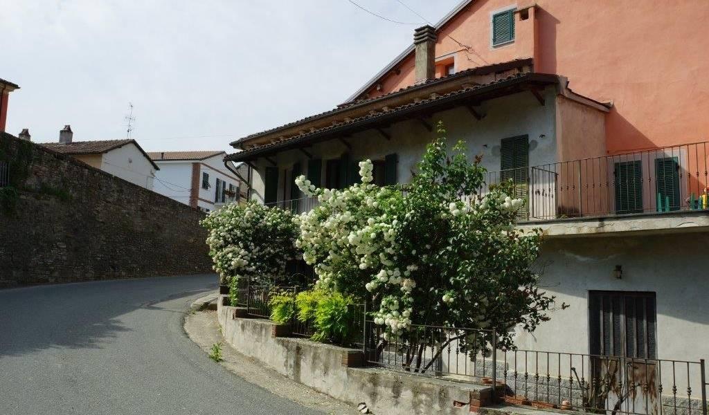 Soluzione Semindipendente in vendita a Bubbio, 5 locali, prezzo € 75.000 | PortaleAgenzieImmobiliari.it