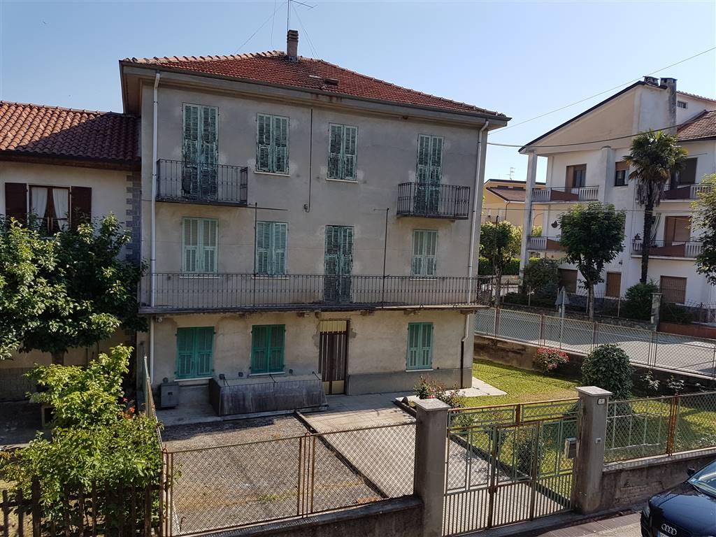 Soluzione Indipendente in vendita a Bistagno, 10 locali, prezzo € 70.000   CambioCasa.it
