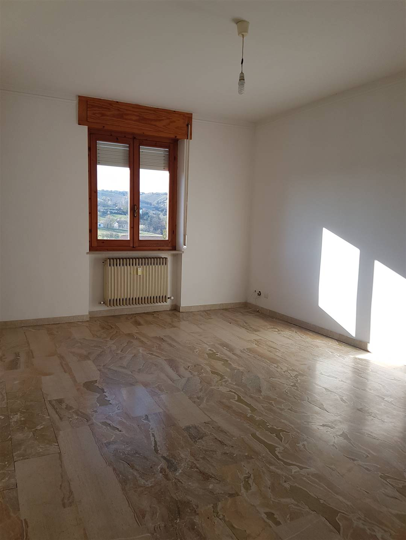 Appartamento in affitto a Terzo, 4 locali, prezzo € 280 | PortaleAgenzieImmobiliari.it