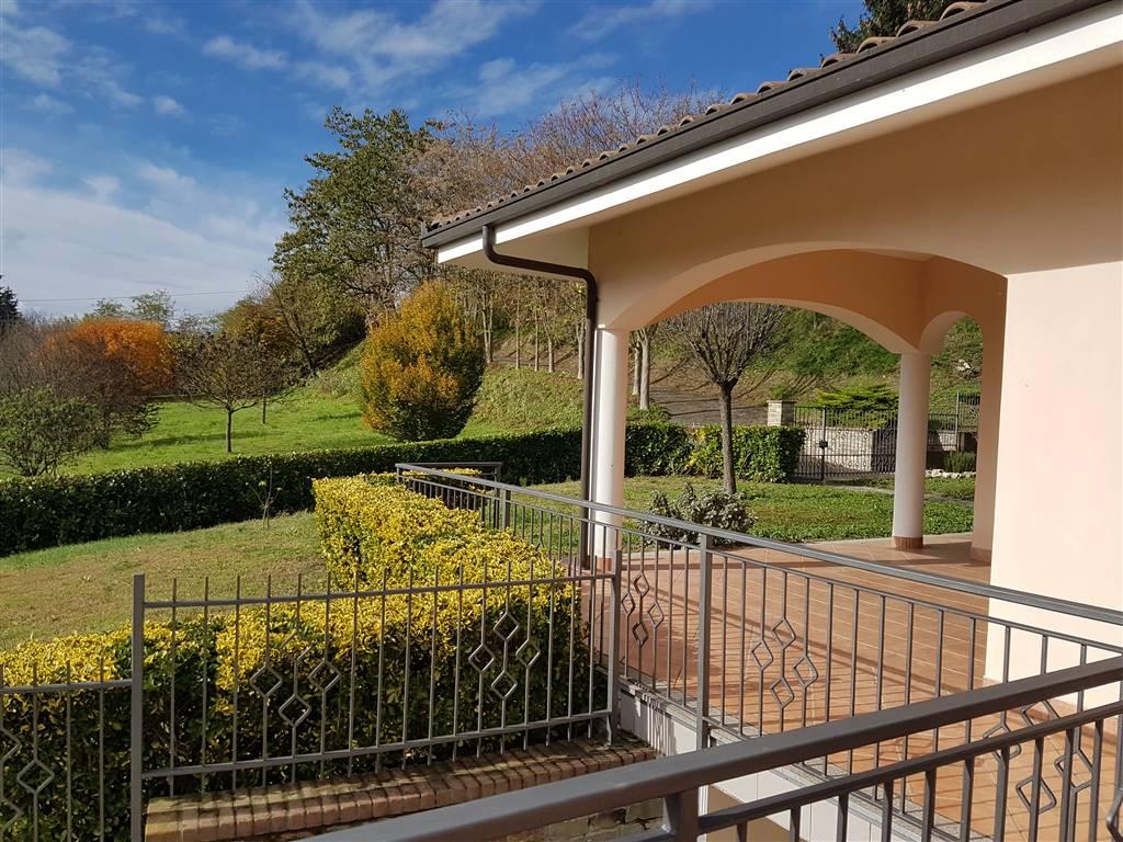 Villa Bifamiliare in vendita a Bistagno, 12 locali, prezzo € 575.000   PortaleAgenzieImmobiliari.it