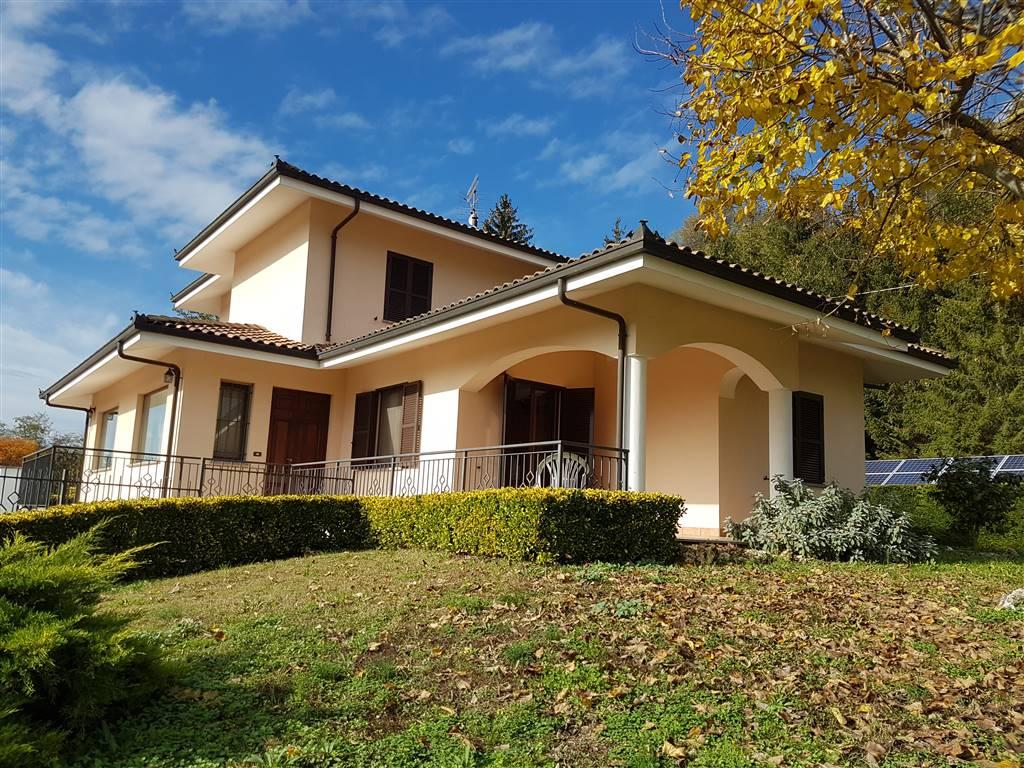 Villa Bifamiliare in vendita a Bistagno, 12 locali, prezzo € 575.000   CambioCasa.it