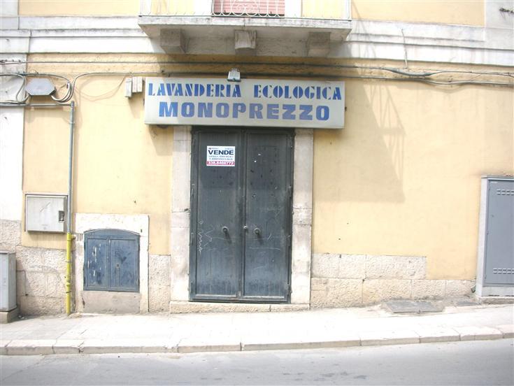 Attività / Licenza in vendita a Canosa di Puglia, 1 locali, prezzo € 35.000 | CambioCasa.it