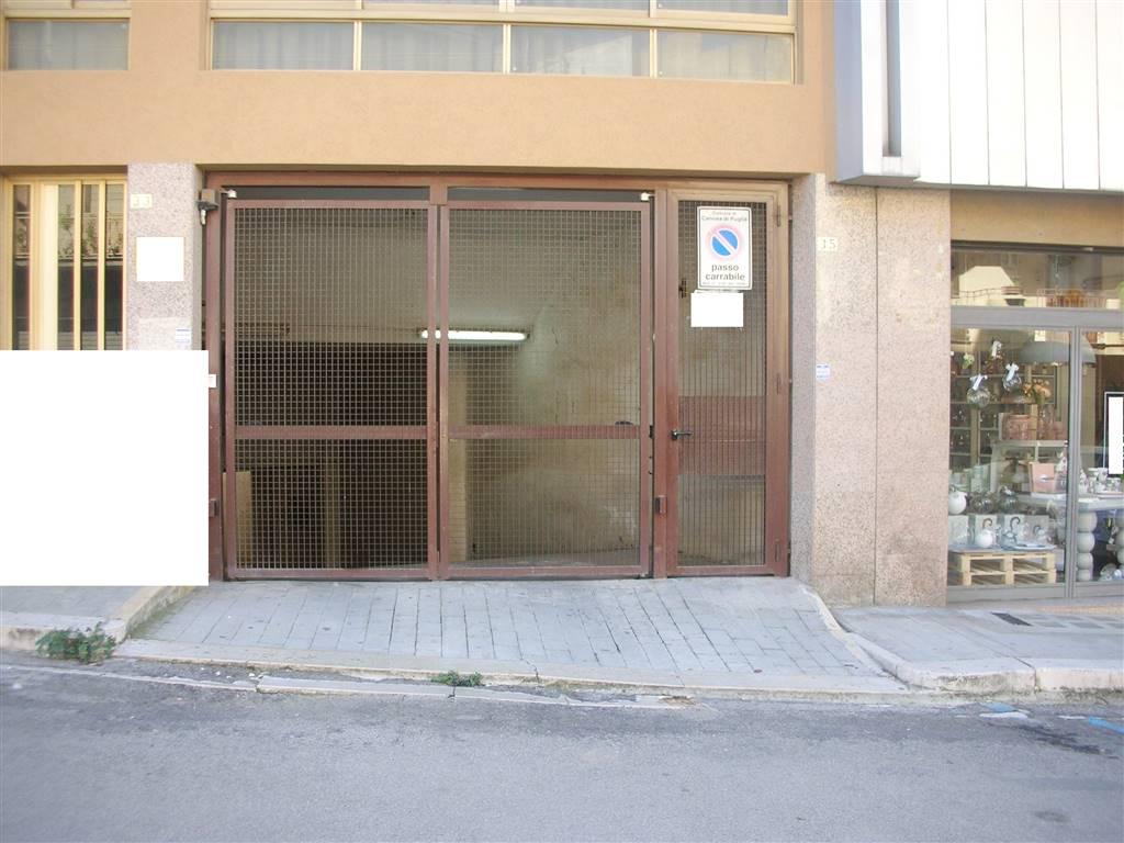 Box / Garage in vendita a Canosa di Puglia, 3 locali, prezzo € 35.000   CambioCasa.it