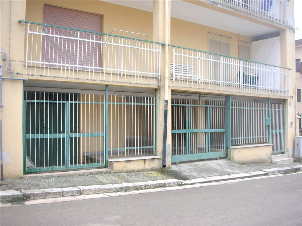 Trilocale in Vico Martiri Di Barletta 41, Canosa Di Puglia