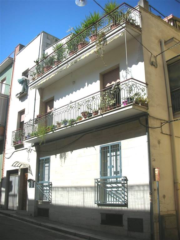Appartamento in Via Giovanni Verga  32, Canosa Di Puglia