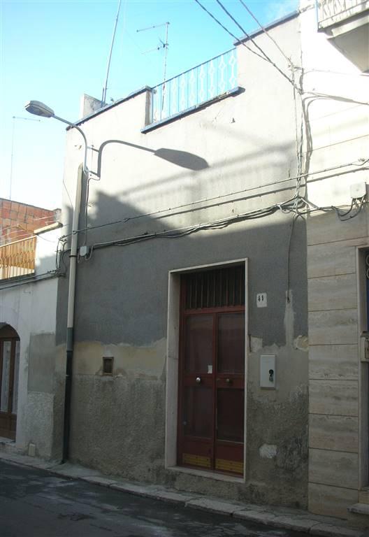 Casa singola in Via Baccarini 41, Canosa Di Puglia