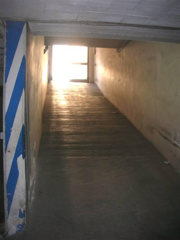 Box / Garage in vendita a Canosa di Puglia, 1 locali, prezzo € 35.000   CambioCasa.it