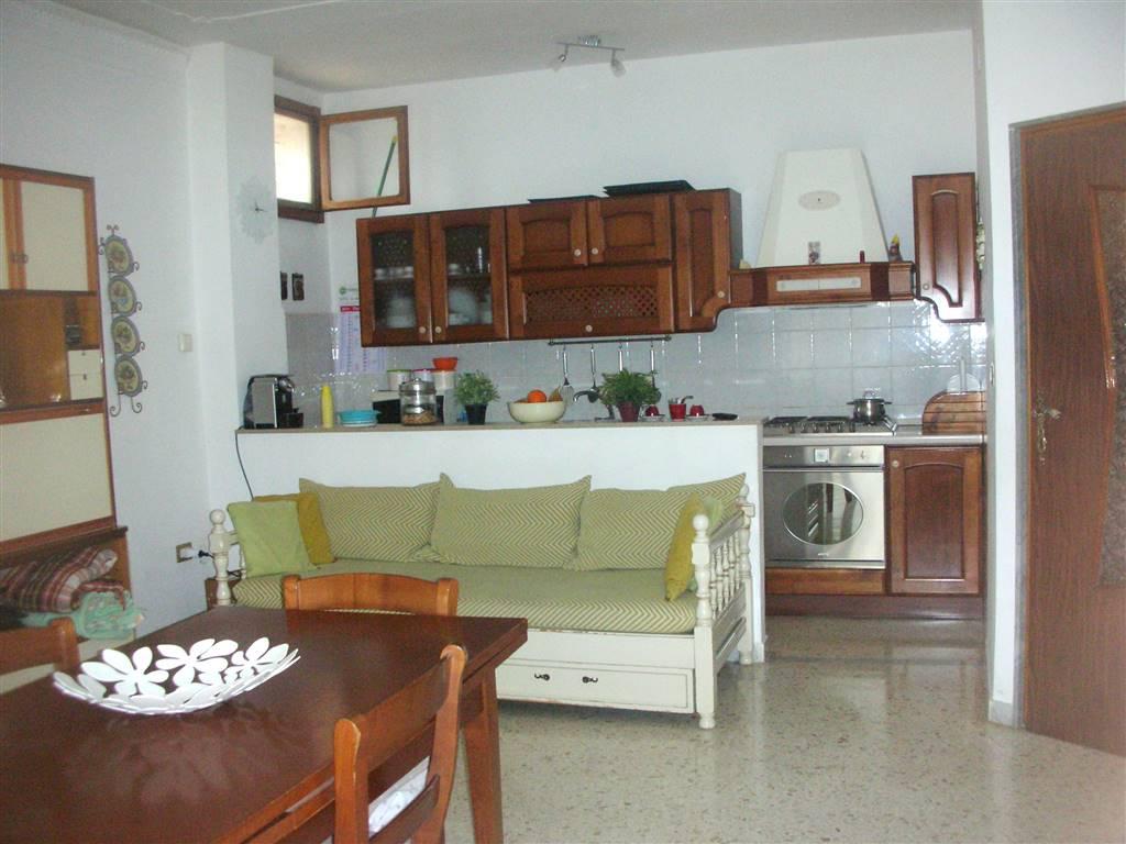 Quadrilocale in Corso Garibaldi 237, Canosa Di Puglia