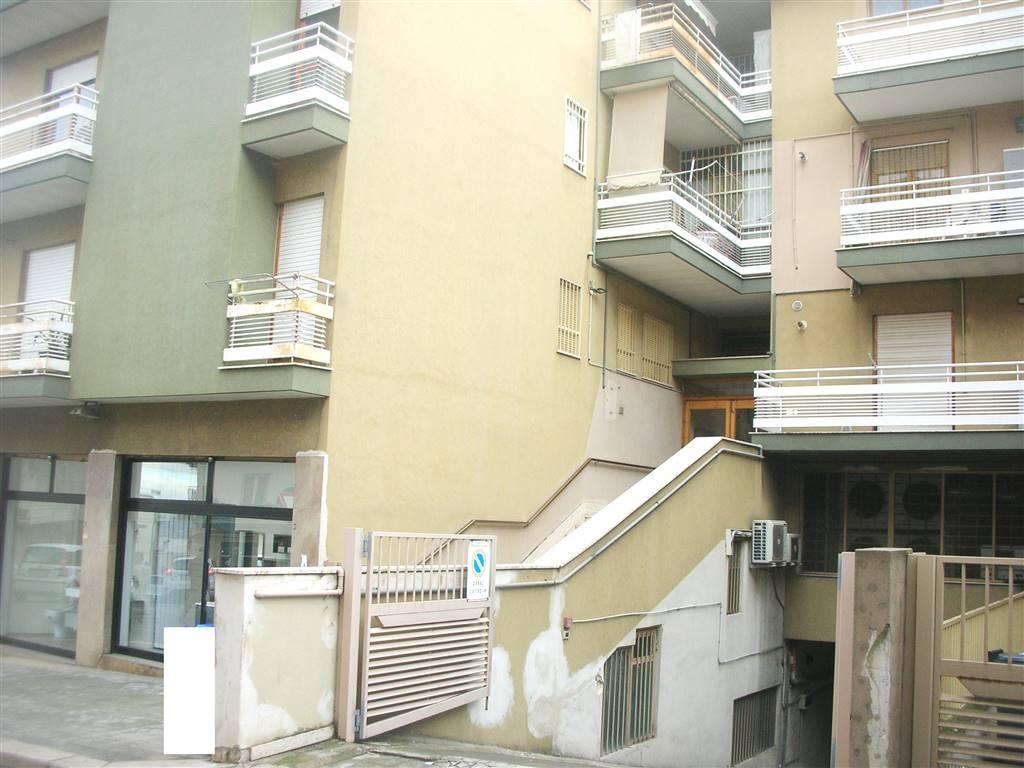 Appartamento in Via Ponzio Vero  5, Canosa Di Puglia