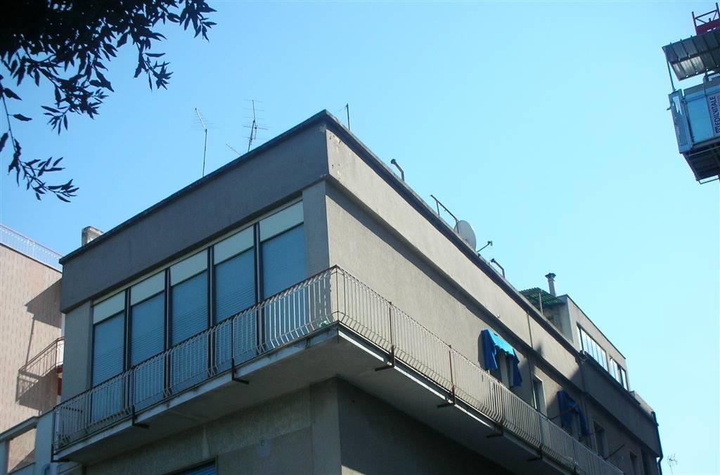 Appartamento in vendita a Canosa di Puglia, 5 locali, prezzo € 189.000   PortaleAgenzieImmobiliari.it