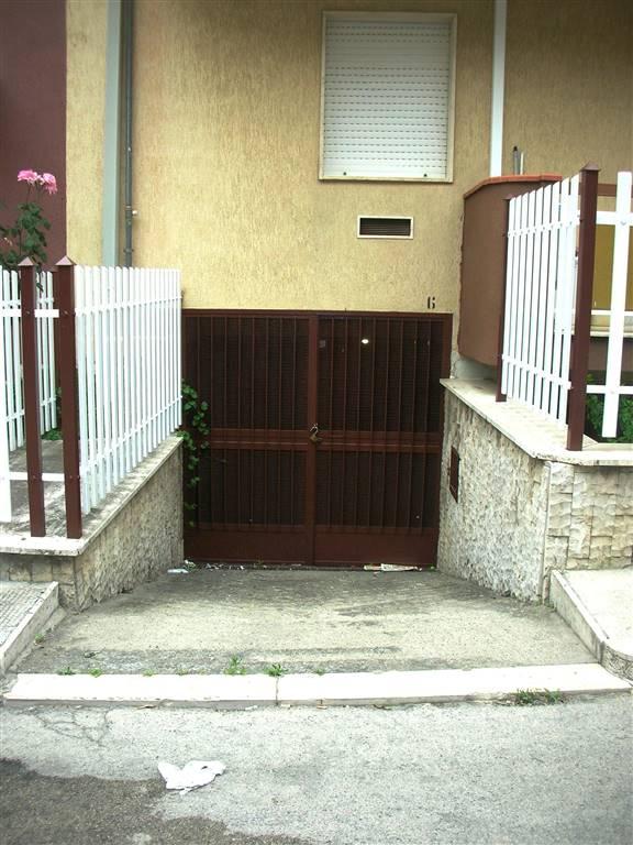 Box / Garage in vendita a Canosa di Puglia, 1 locali, prezzo € 10.000   CambioCasa.it