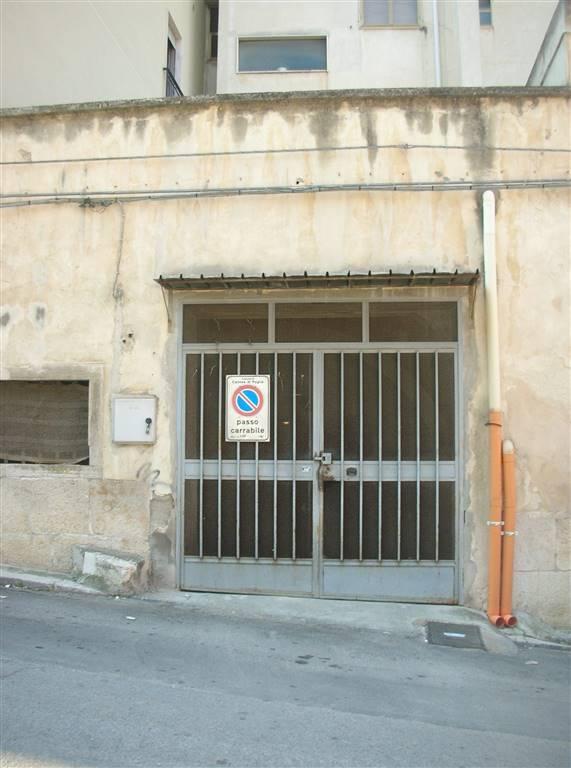 Box / Garage in vendita a Canosa di Puglia, 1 locali, prezzo € 7.300   CambioCasa.it
