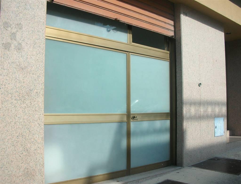 Immobile Commerciale in vendita a Canosa di Puglia, 1 locali, prezzo € 160.000 | CambioCasa.it