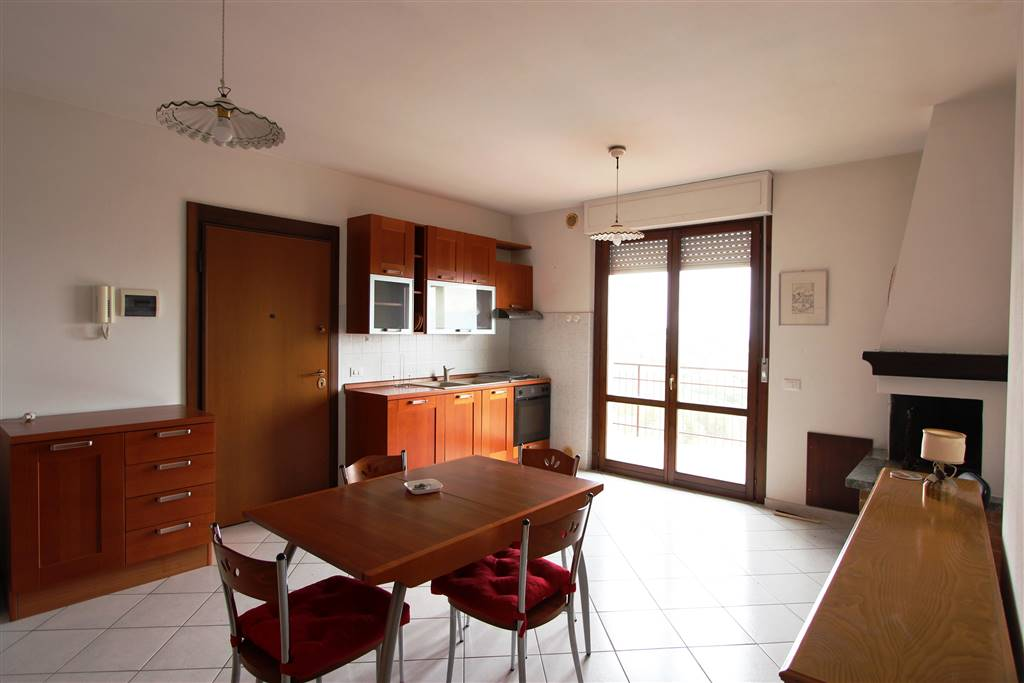 Appartamento in vendita a Montepulciano, 3 locali, zona Zona: Montepulciano Capoluogo, prezzo € 115.000 | CambioCasa.it