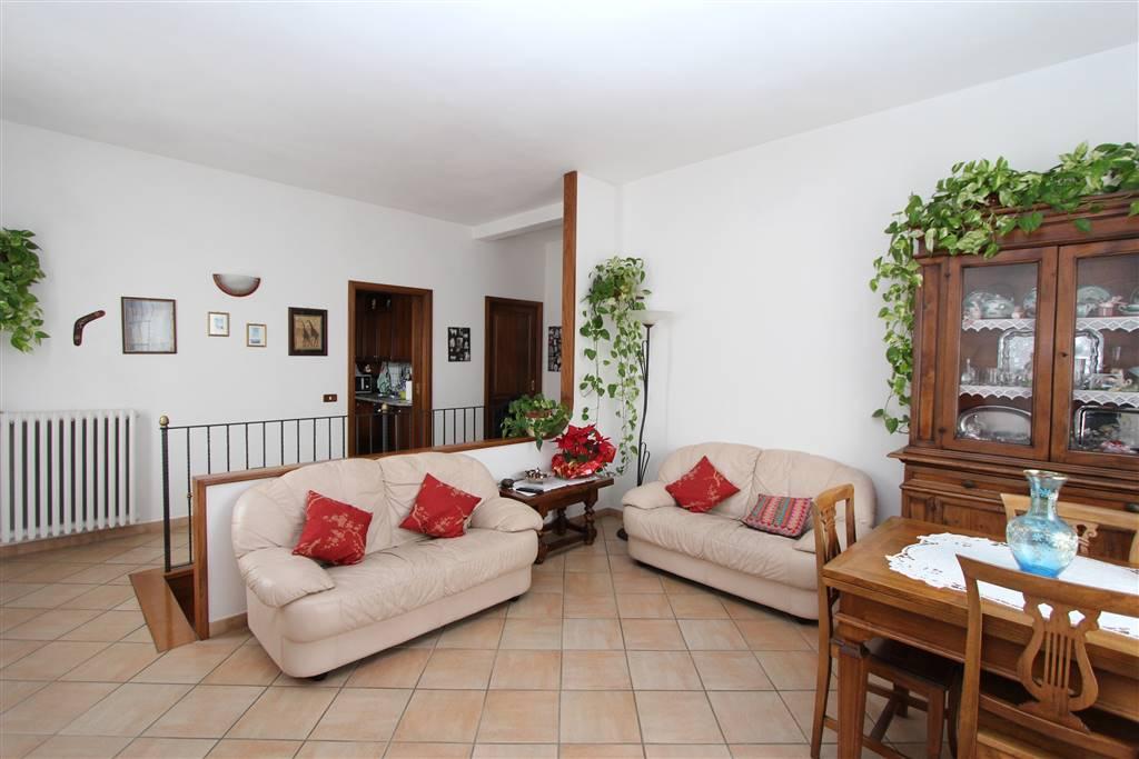 Appartamento in vendita a Montepulciano, 9 locali, prezzo € 240.000   PortaleAgenzieImmobiliari.it