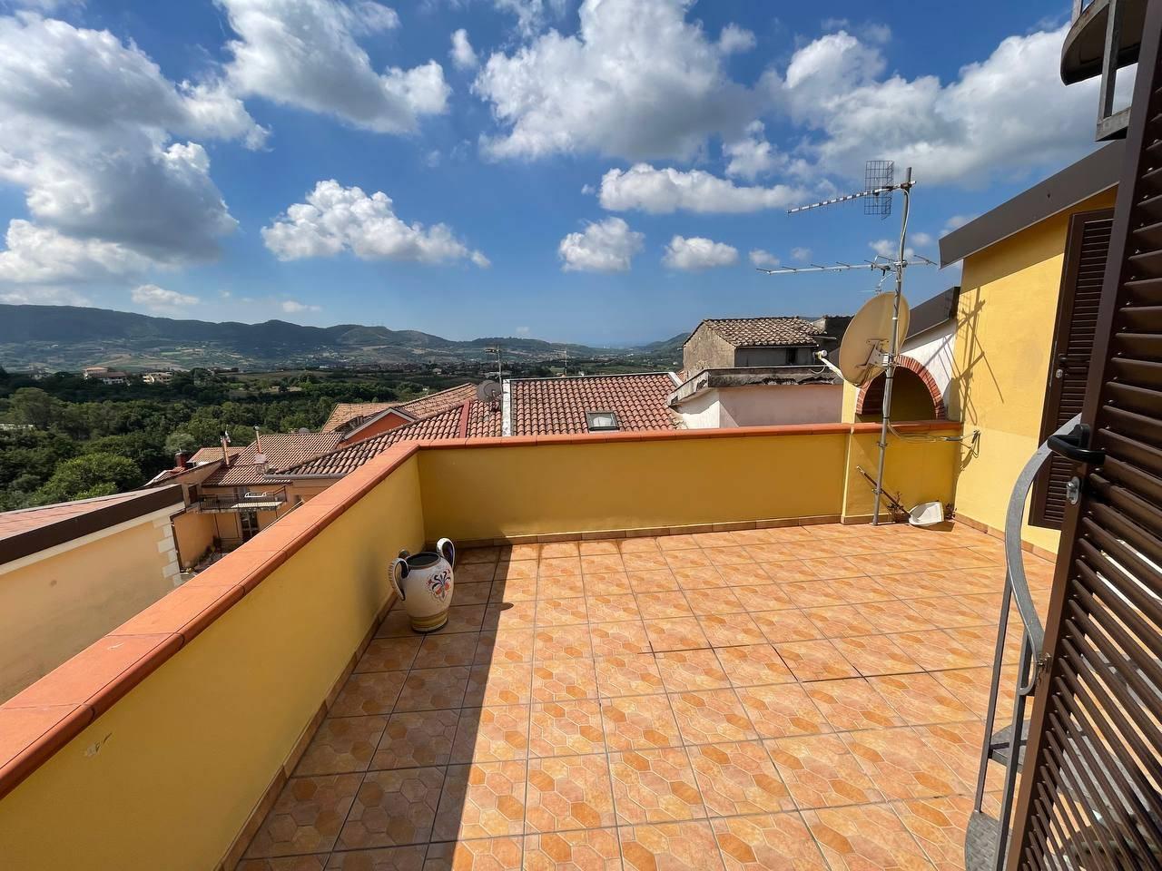 Appartamento in vendita a Giffoni Sei Casali, 2 locali, zona Località: CAPITIGNANO, prezzo € 89.000   PortaleAgenzieImmobiliari.it
