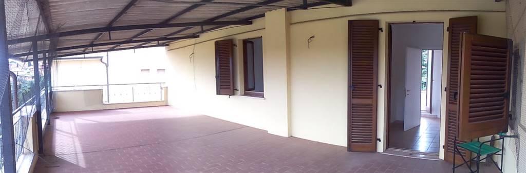 Appartamento in vendita a Sinalunga, 7 locali, prezzo € 240.000 | PortaleAgenzieImmobiliari.it