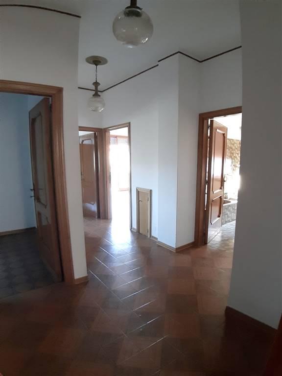 Soluzione Semindipendente in vendita a Piegaro, 9 locali, prezzo € 135.000 | CambioCasa.it