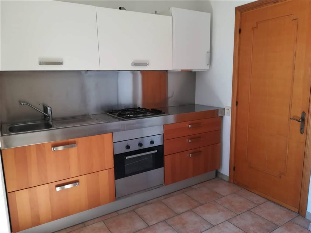 Appartamento in vendita a Chianciano Terme, 7 locali, prezzo € 125.000 | PortaleAgenzieImmobiliari.it