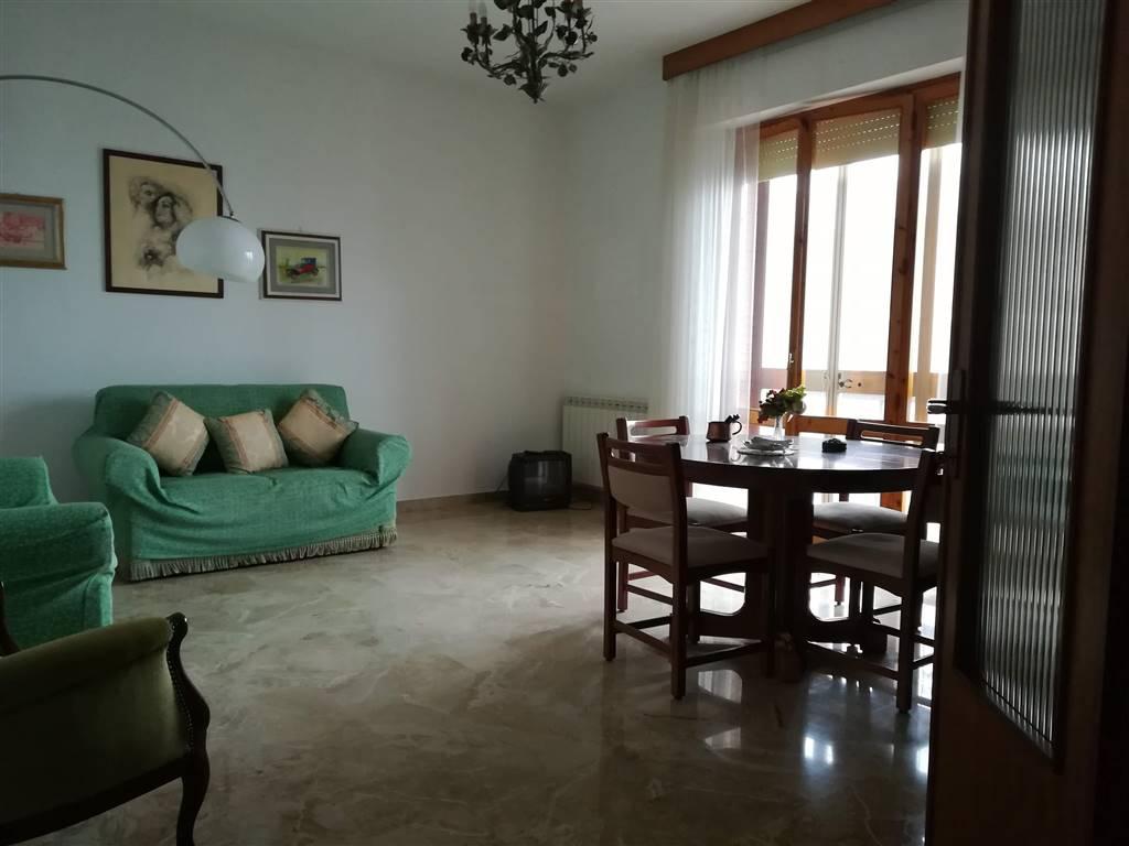 Appartamento in vendita a Chianciano Terme, 6 locali, prezzo € 135.000 | PortaleAgenzieImmobiliari.it