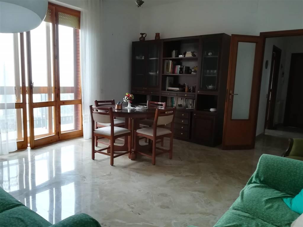 Appartamento in vendita a Chianciano Terme, 6 locali, prezzo € 135.000   PortaleAgenzieImmobiliari.it