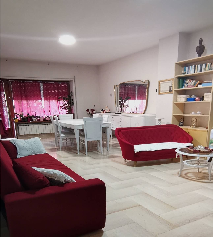Appartamento in vendita a Chianciano Terme, 6 locali, prezzo € 90.000   PortaleAgenzieImmobiliari.it