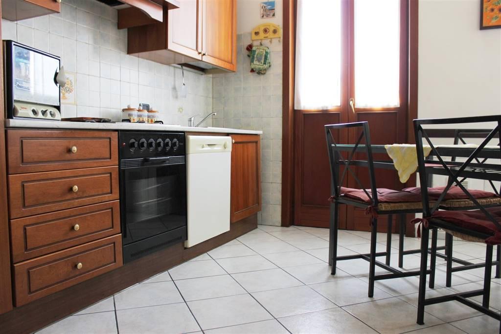 Trilocale in Via Sansovino 2, San Rocco, Casignolo, Sant'alessandro, Monza