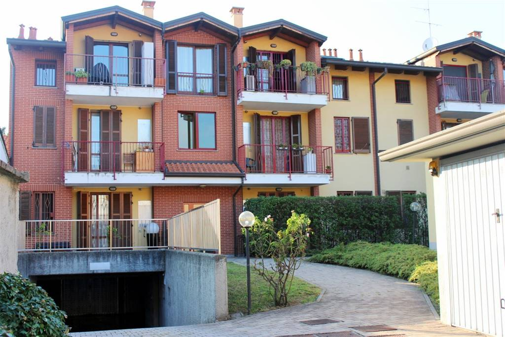 Bilocale in Via Verdi 3, Cologno Monzese