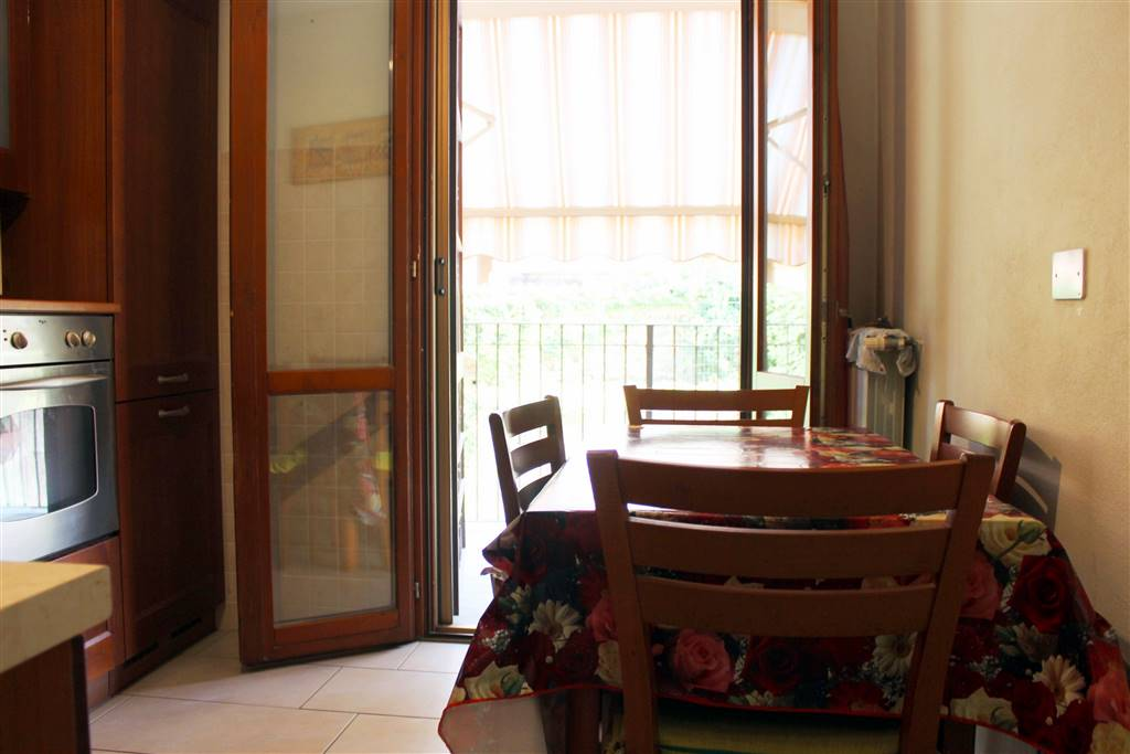 accesso al terrazzino dalla cucina