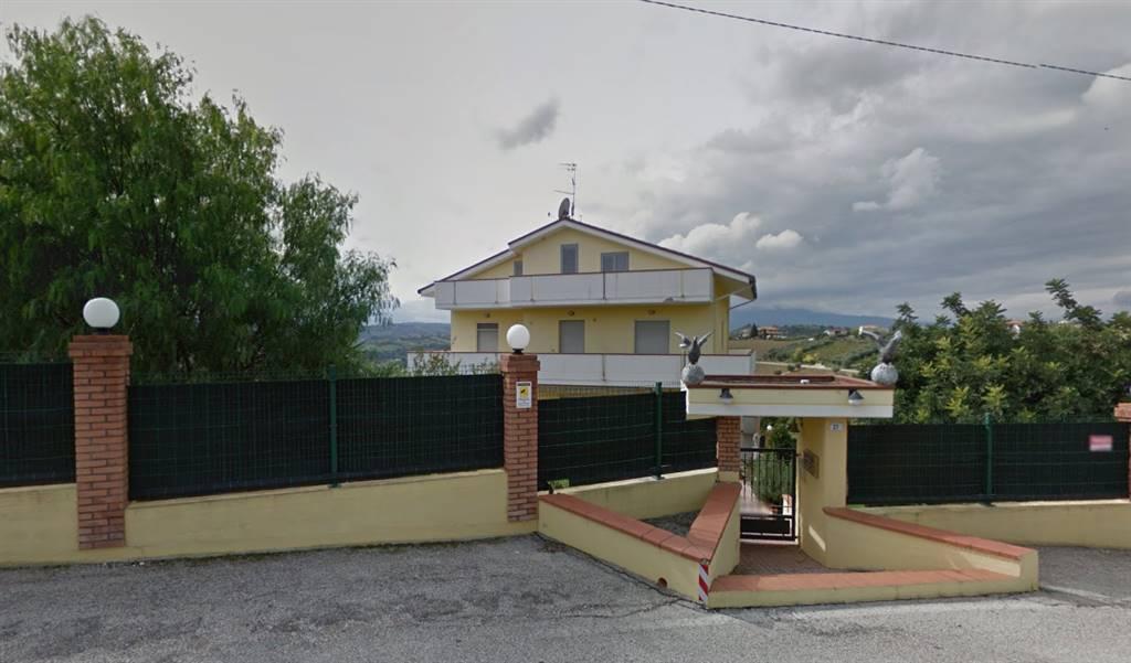 Quadrilocale in Via Settecolli  21, Tortoreto