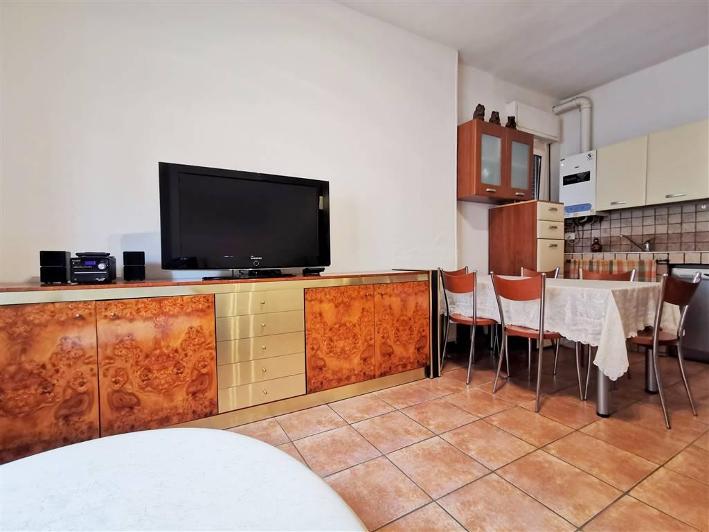 soggiorno con cucina a vista
