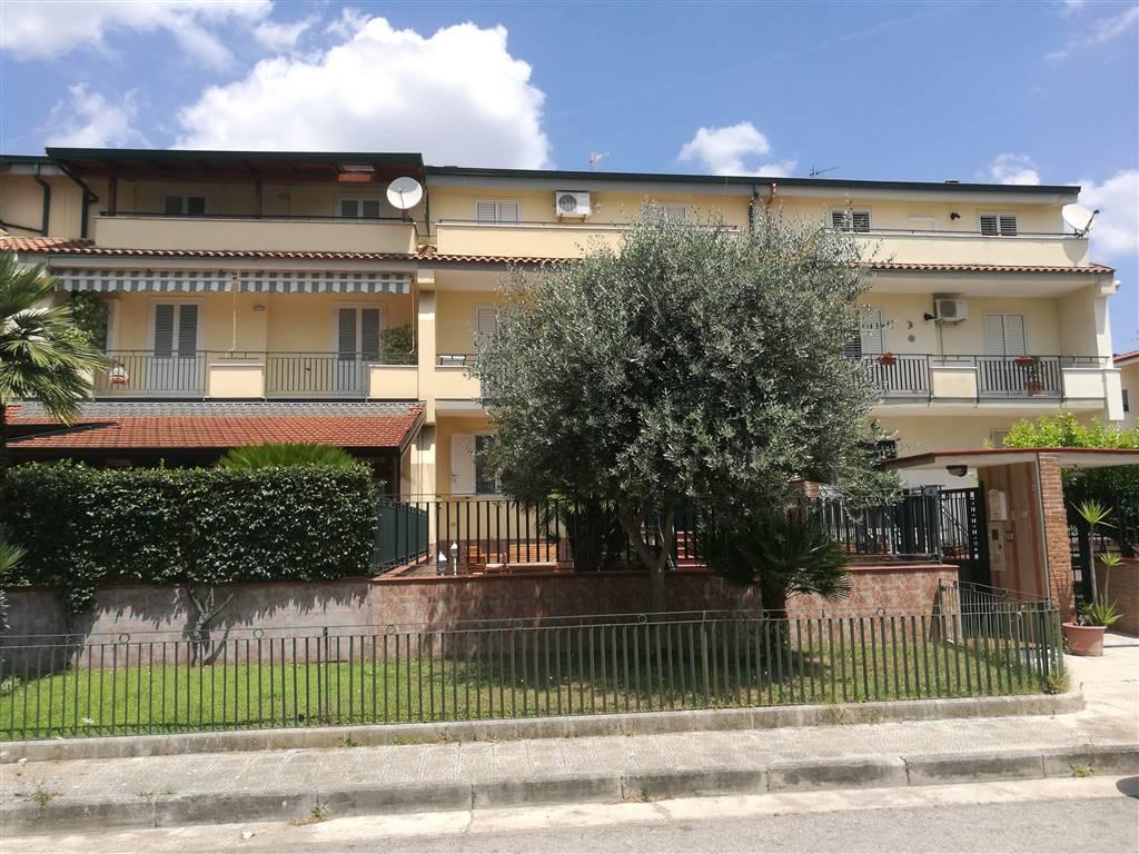 Ville a schiera caserta in vendita e in affitto cerco villa a schiera caserta e provincia su - Piscine caserta e provincia ...