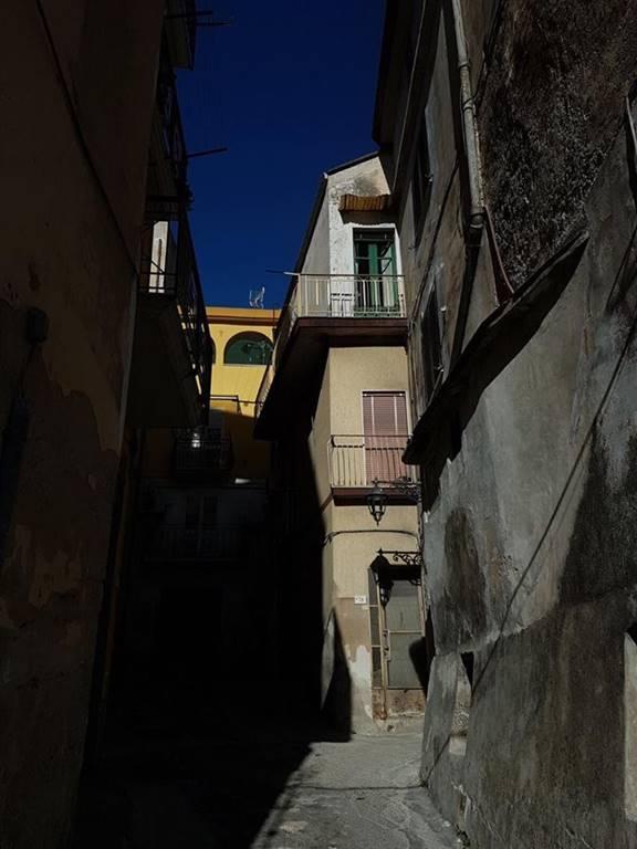 Quadrilocale, Ariano, Olevano Sul Tusciano, da ristrutturare