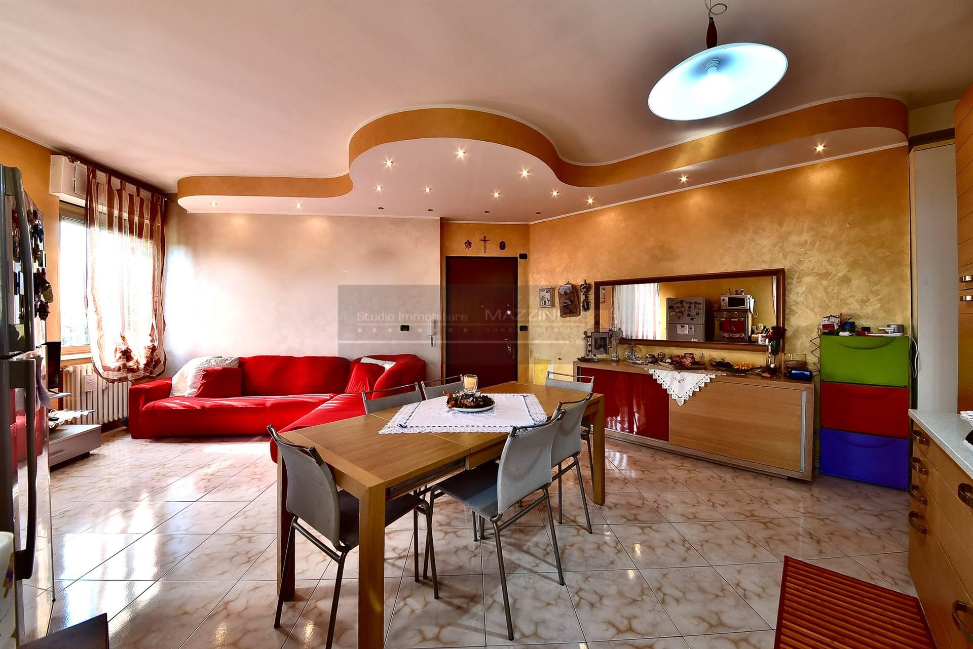 Appartamento in vendita a Cusano Milanino, 3 locali, zona Zona: Città Giardino di Milanino, prezzo € 145.000   CambioCasa.it