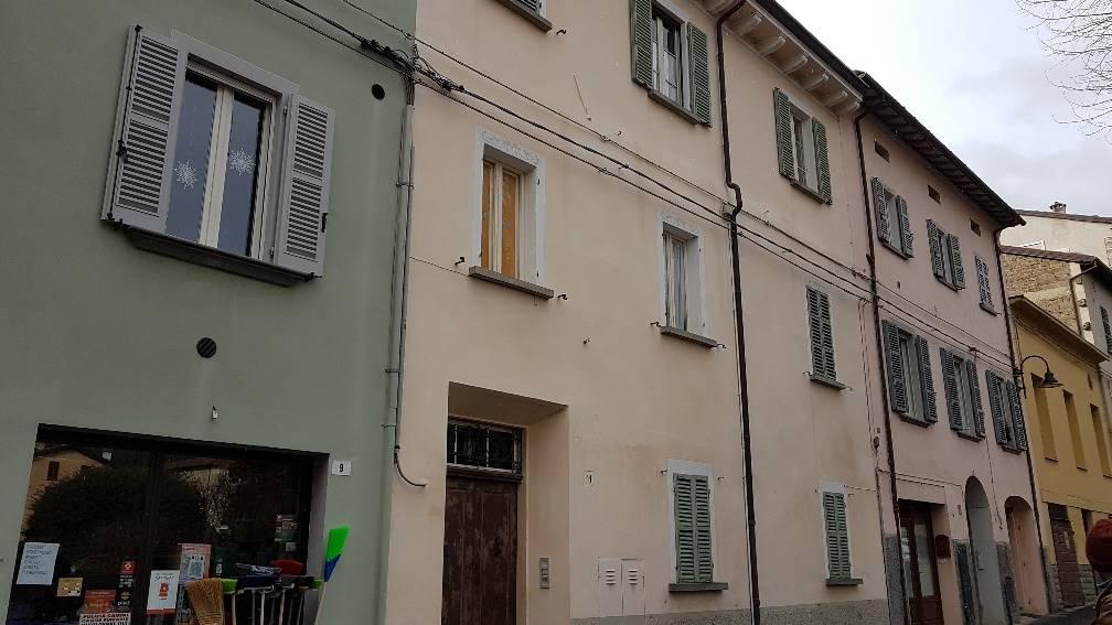 Palazzo / Stabile in vendita a Modigliana, 12 locali, prezzo € 285.000 | CambioCasa.it
