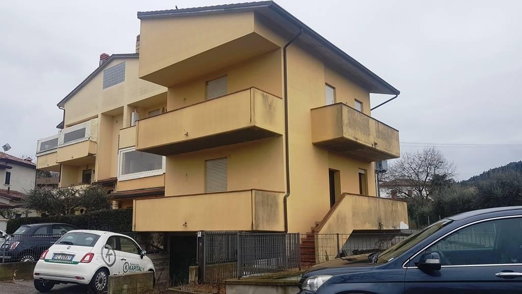 Villa a Schiera in vendita a Predappio, 5 locali, zona Zona: Fiumana, prezzo € 120.000 | CambioCasa.it