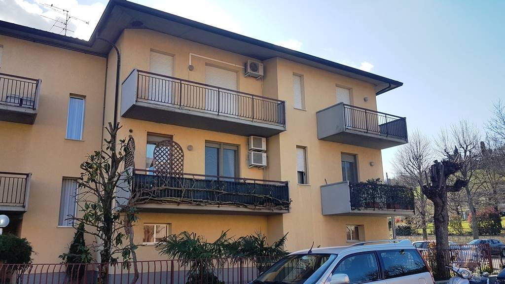 Appartamento in vendita a Castrocaro Terme e Terra del Sole, 4 locali, zona Località: CASTROCARO TERME, prezzo € 120.000 | CambioCasa.it