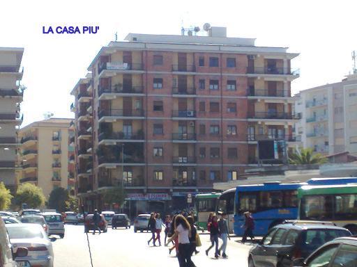 Appartamento in Via Medaglie D'oro, C.so Italia, Cosenza