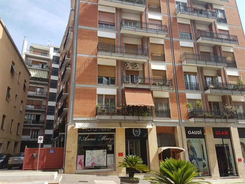 Ufficio in Via Arabia  28, Mazzini, Cosenza