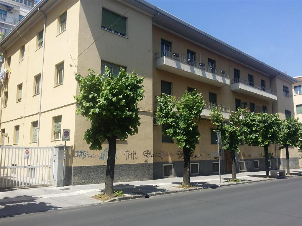 Appartamento in Via Degli Alimena, Mazzini, Cosenza
