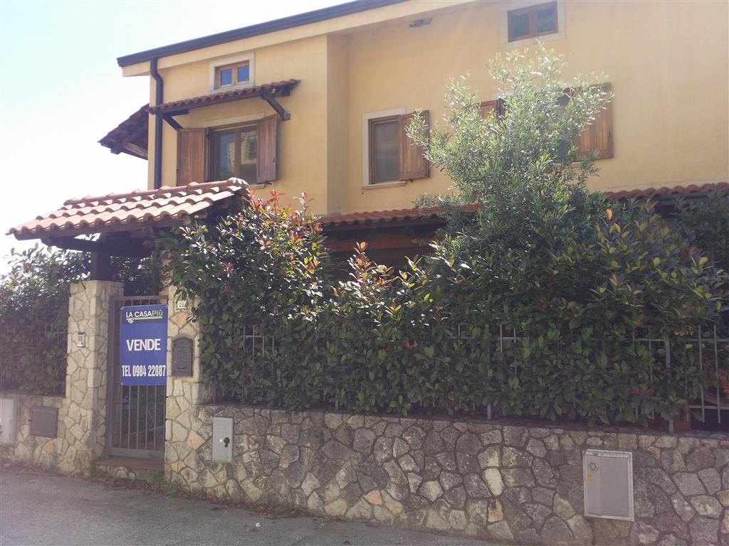 Villa in Via Savotani, Cerisano