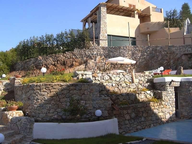 Villa in vendita a Diamante, 6 locali, zona Zona: Cirella, prezzo € 250.000 | CambioCasa.it