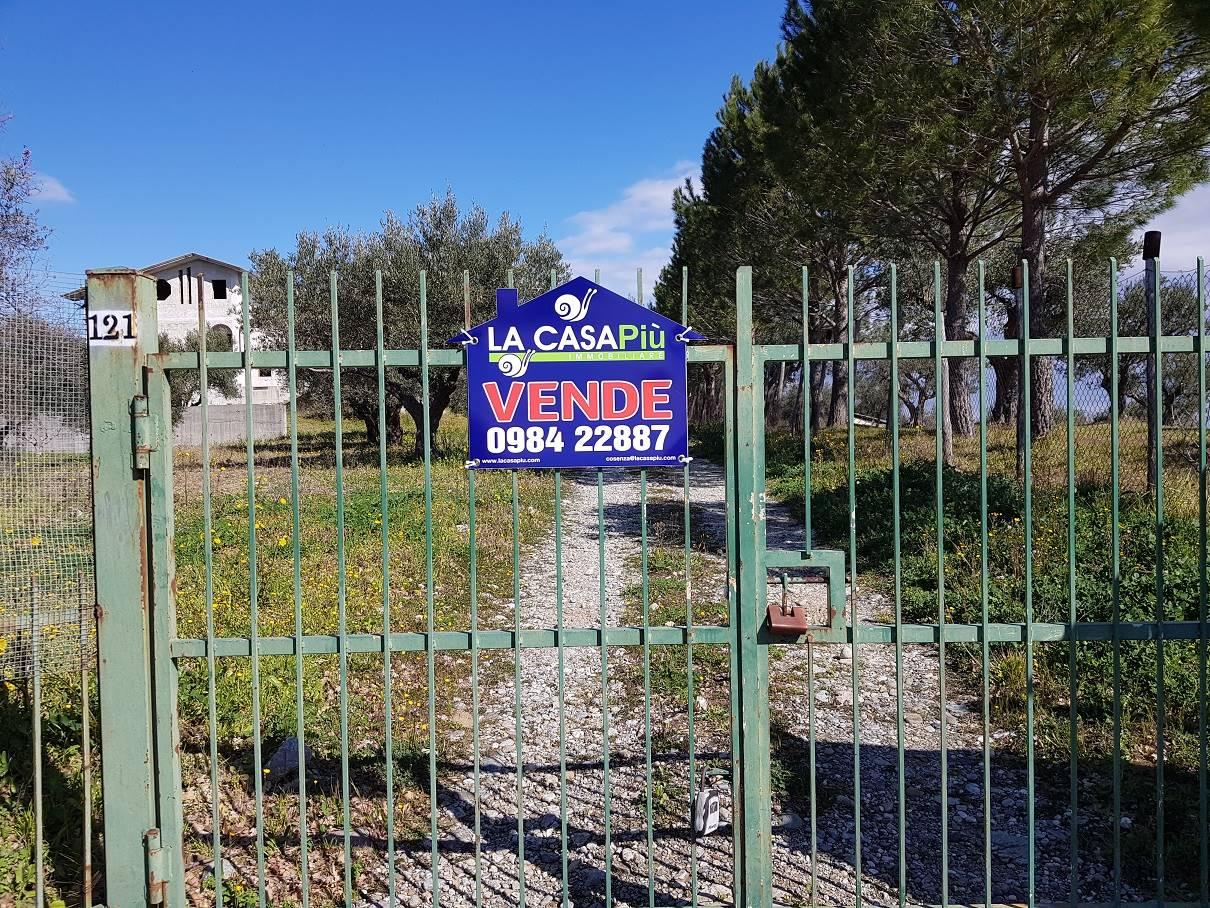 Villa in vendita a Montalto Uffugo, 7 locali, prezzo € 270.000 | CambioCasa.it
