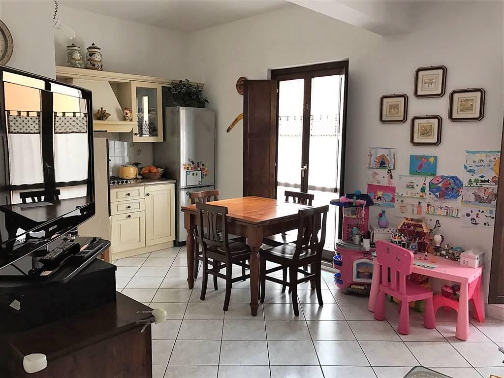 Appartamento in vendita a Civitavecchia, 2 locali, prezzo € 130.000 | CambioCasa.it